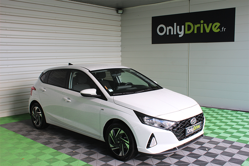 Location citadine Hyundai i20 Garage David Onlydrive Saint Fulgent Vendée
